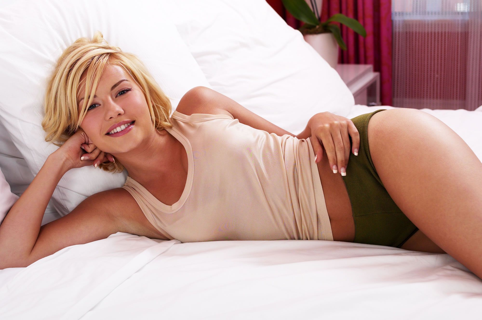 Elisha cuthbert hot in socks, pink world nude youtube sex fuck