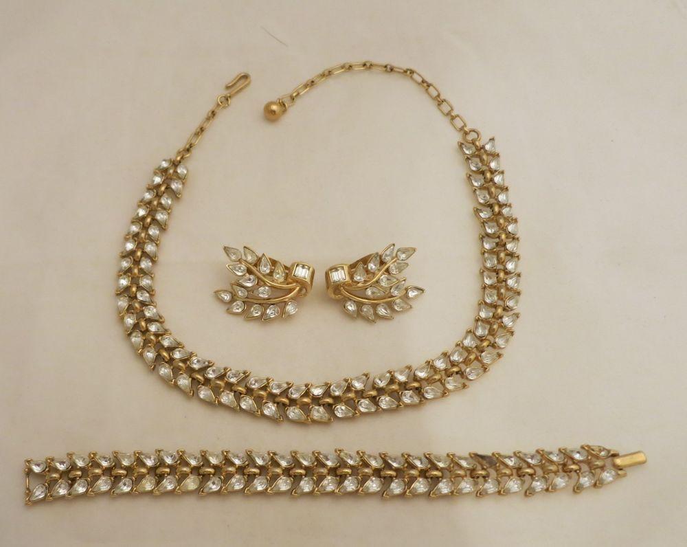Us crown trifari parure rhinestones necklace bracelet u earrings