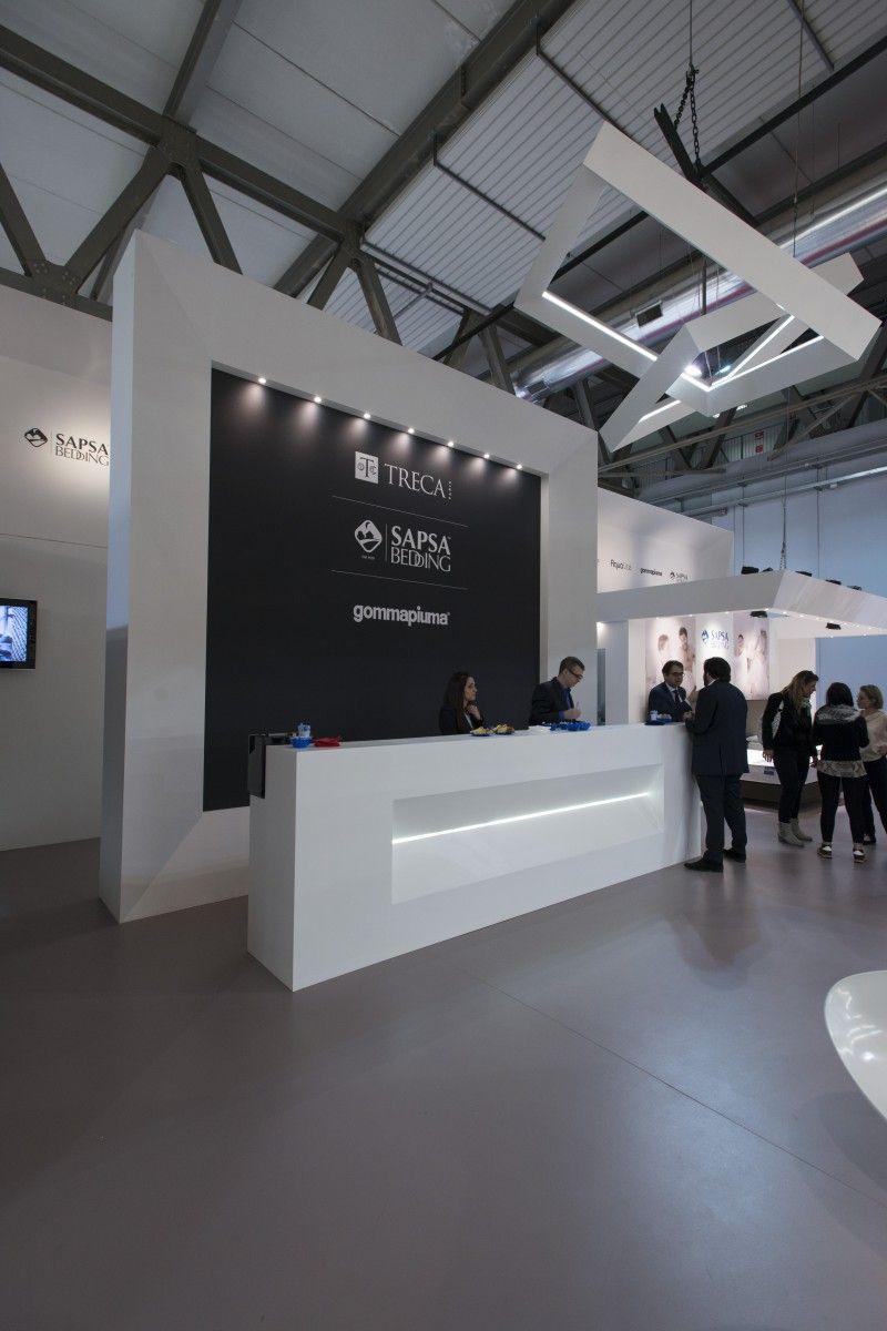 Exhibition stand milan design week hi segno custom stand for Design della moda politecnico milano opinioni