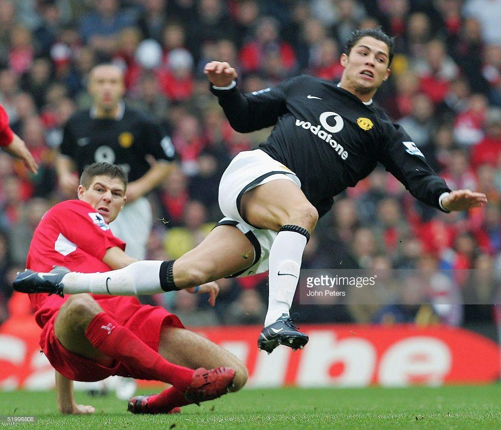 Liverpool V Manchester United Photos And Premium High Res Pictures Ronaldo Cristiano Ronaldo United Liverpool