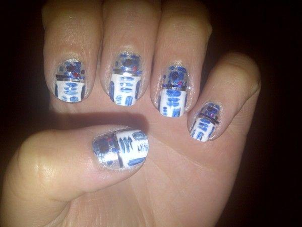 R2D2 nails!