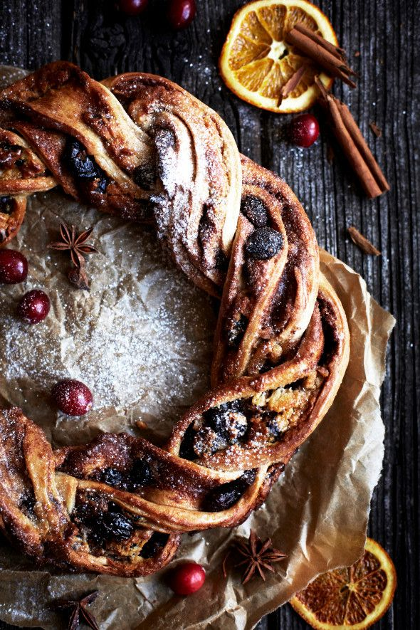 11 Christmas Breakfast Recipes | Domino
