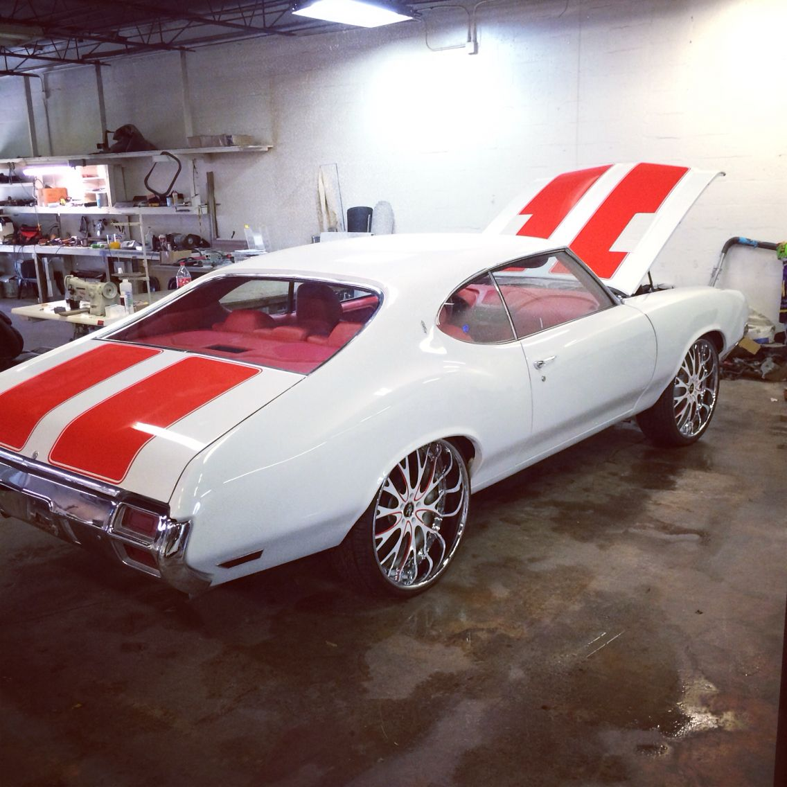 1971 Cutlass S 24 Inch Wheels Staggered New Paint New