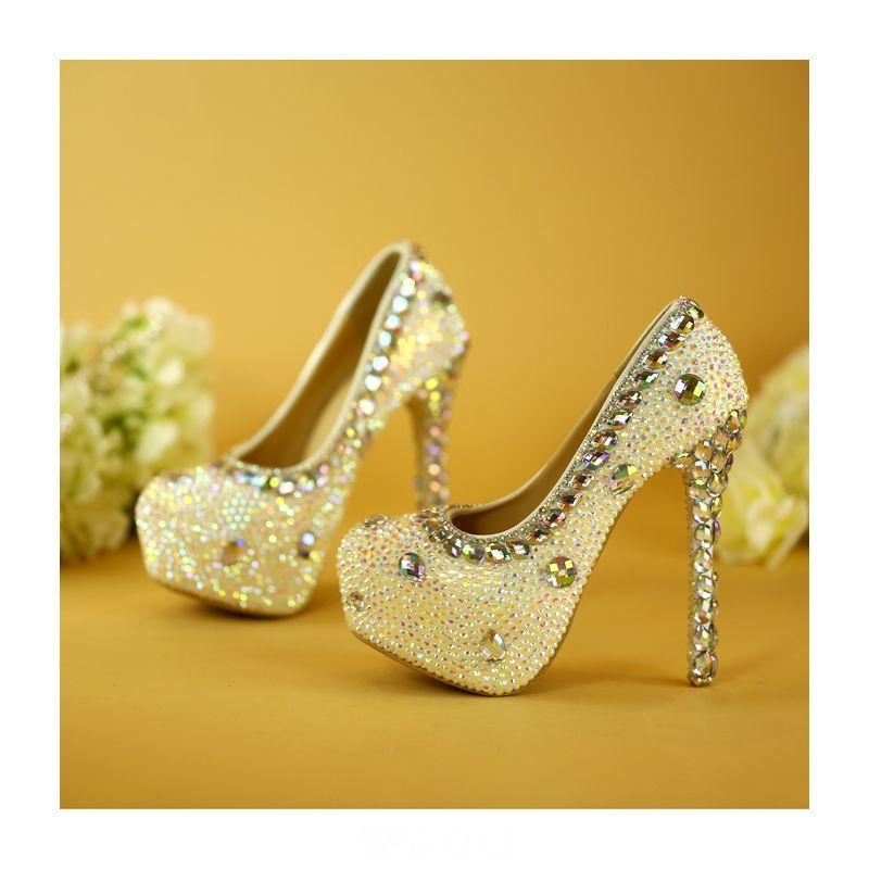 Blyszczace Biale Buty Slubne 2019 Krysztal Rhinestone 14 Cm Szpilki Szpiczaste Slub Czolenka Bridal Shoes White Wedding Shoes Wedding Shoes