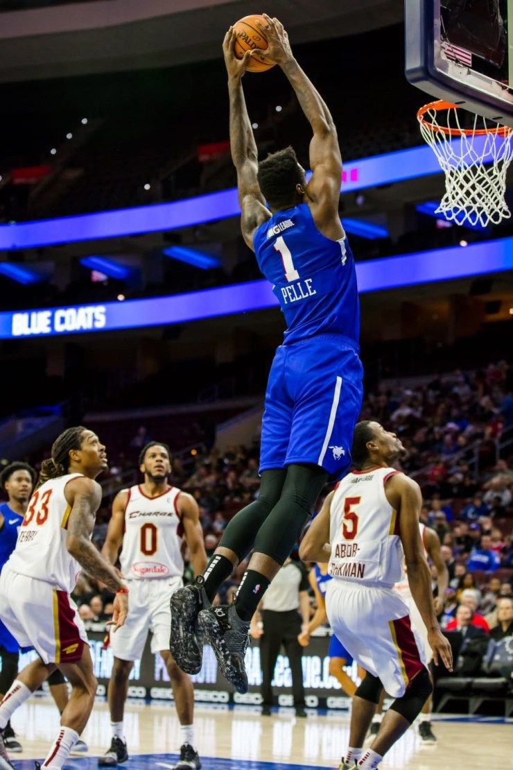 Pelle S Double Double Leads Blue Coats To A 115 106 Win Over Raptors 905 With Images Small Forward Shooting Guard Blue Coats