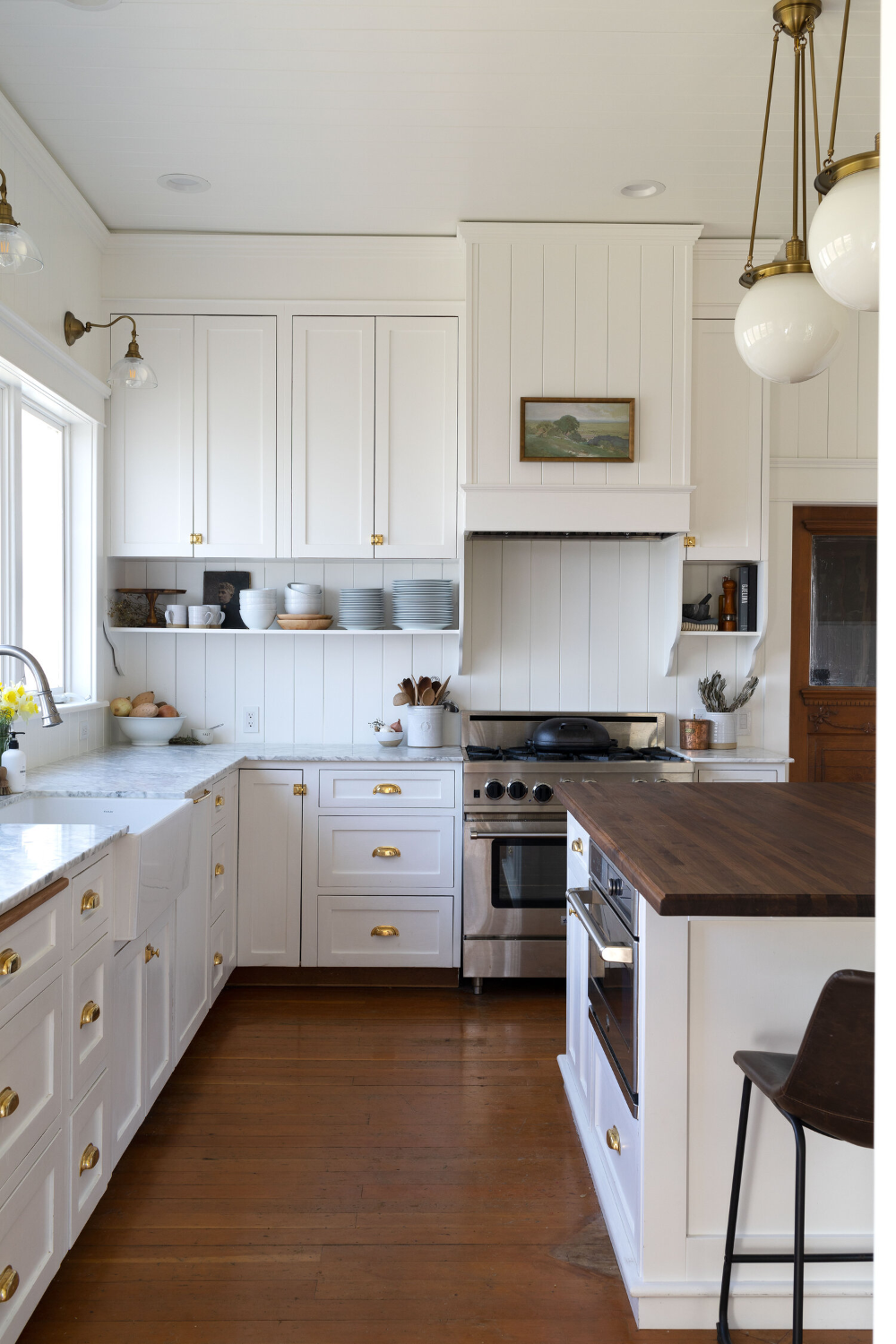 Diy How To Install Vertical Tongue And Groove Paneling The Grit And Polish In 2020 Kitchen Renovation Kitchen Remodel Tongue And Groove Panelling