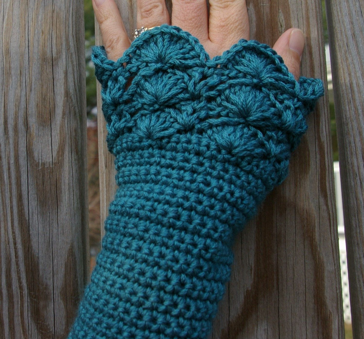 Crochet arm warmers fingerless gloves in teal with peacock pattern crochet arm warmers fingerless gloves in teal with peacock pattern crochet bankloansurffo Choice Image