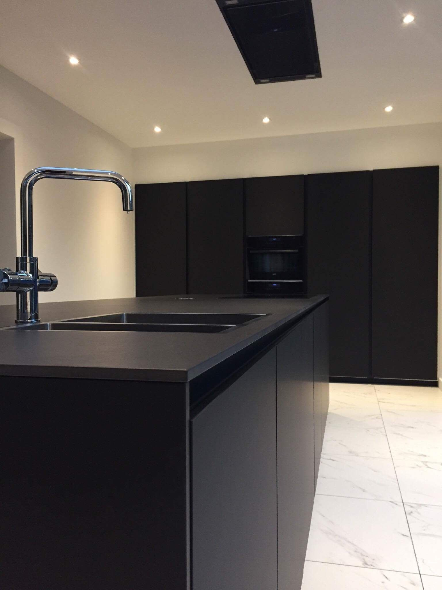 fenix kitchen with dekton countertop interiors pinterest cuisines. Black Bedroom Furniture Sets. Home Design Ideas