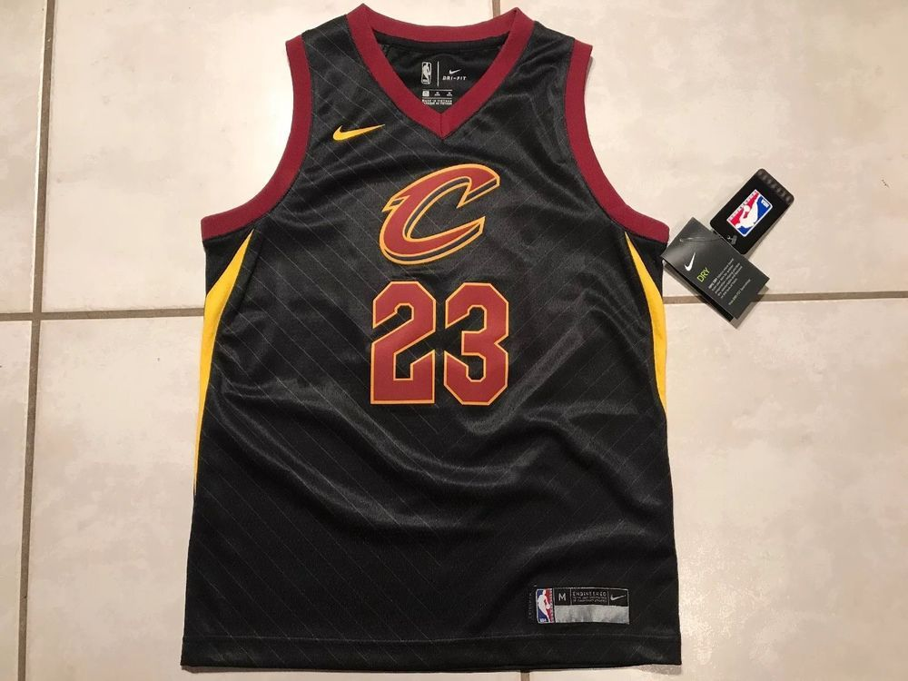 9aed0bea3 NWT NIKE Cleveland Cavaliers Lebron James STATEMENT NBA Jersey Youth Medium