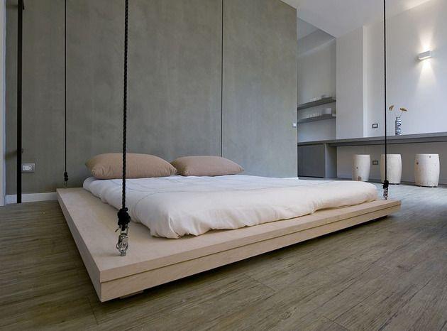 Platzsparende Raumlösung   Bett An Die Decke Hängen