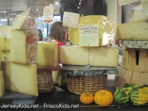 Philly: Reading Terminal Market - Jersey Kids - cheese stand