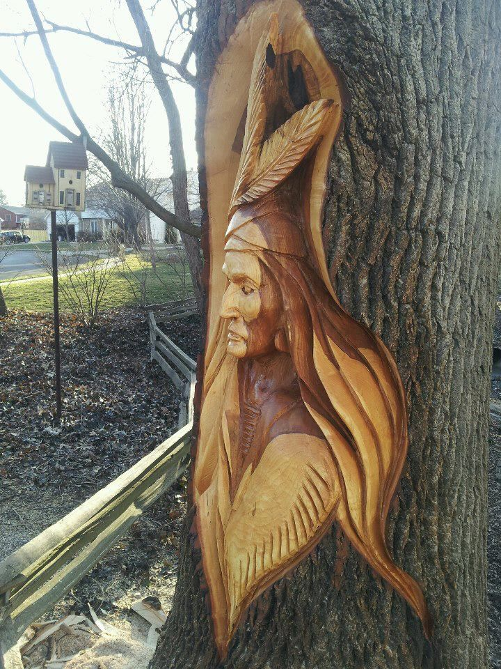 Echo chainsaw carving team member jason emmons