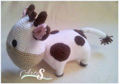 Amigurumi Vaca : Vaca tejida a ganchillo crochet tejida por artesesa