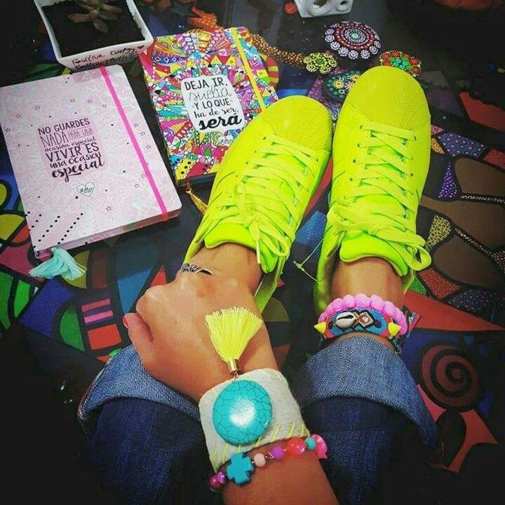 BRAZALETE❤PULSERA DE CUERO ♡pulsera en cuero   #mardeamorsw #pulsera #pulseraswayuu #pulseras #pulserasdemoda #pulserasdecuero #manillasdecuero #manilla #manillas #manillaswayuu #manillasdemoda #brazaleteswayuu #brazelet #brazalete #brazaletes #brazalets #brazaletesdecuero #brazaletedecuero #wayuu #wayuustyle #wayuumochila #wayuubags #hippielife #hippiestyle #hippie #hippiegirl #hippiechic #bohogirl #africanleather