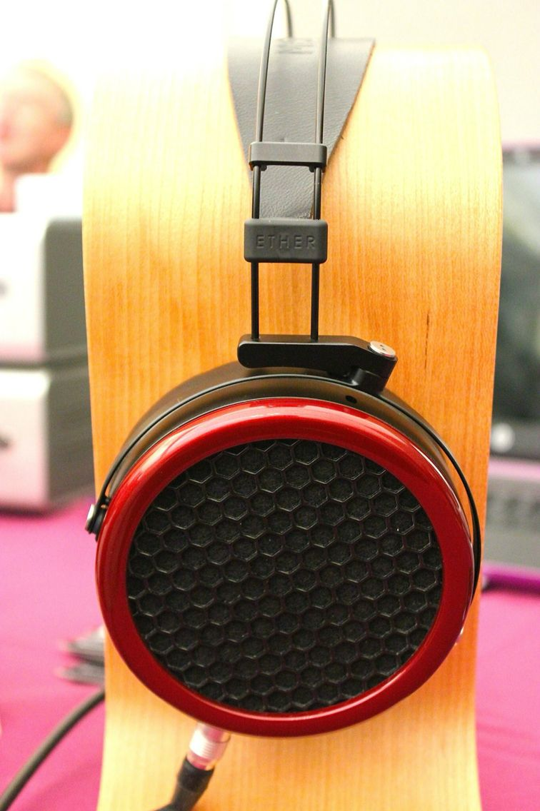 AUDIOPHILE MAN - SHOW NEWS: National Audio Show - MrSpeakers From