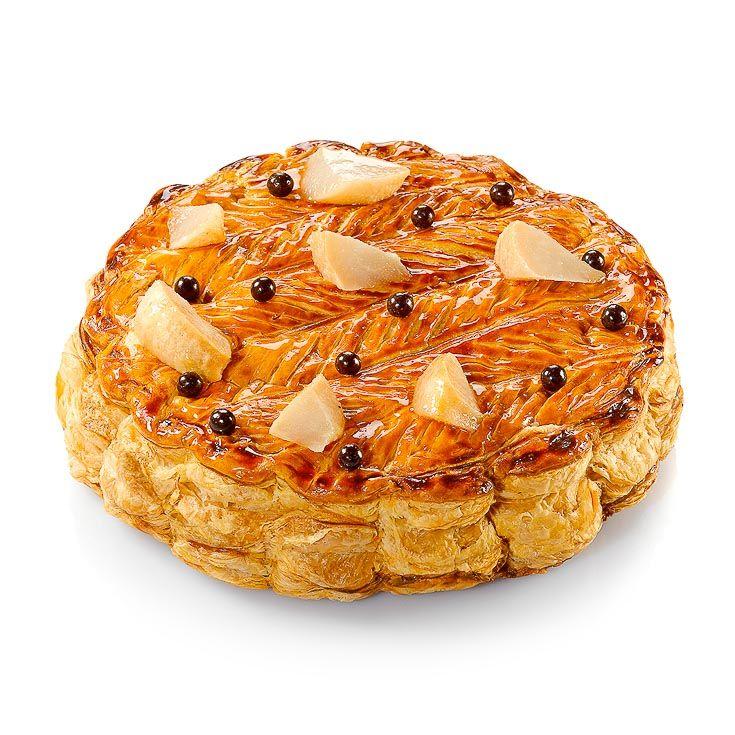 Une galette des rois très croustillante et gourmande, où chocolat et poire forment l'accord incontournable. Par Nicolas Bernardé