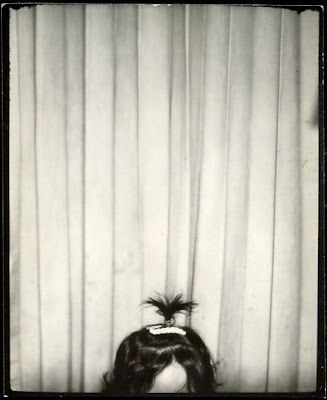 I <3 Photobooth Pics! Hat tip to the amazing House of Mirth blog for sharing this delightful one.