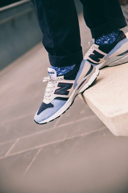 New balance sneakers, Nike air max 90
