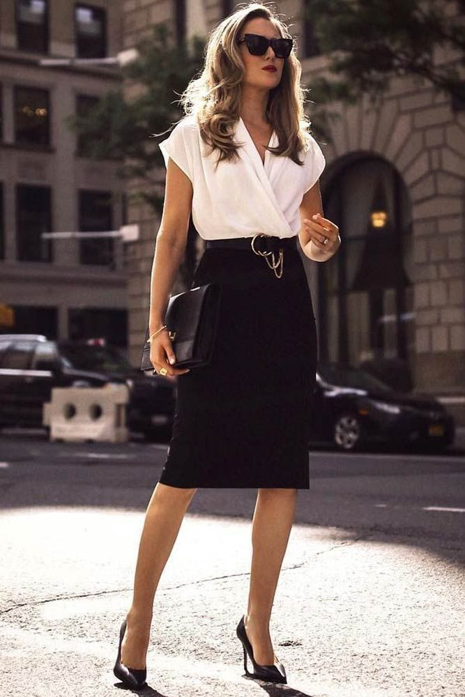 Pencil Black Skirt With White Blouse Outfit #businessattireforyoungwomen Pencil ... #businessattireforyoungwomen