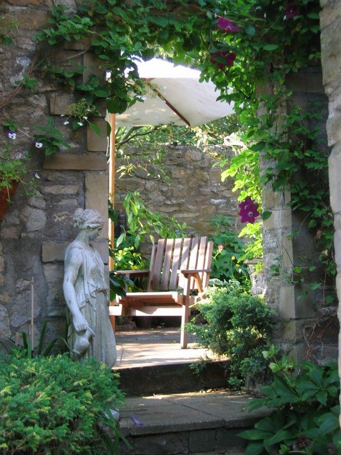 Nice Creative Ideas For A Relaxing Garden Retreat