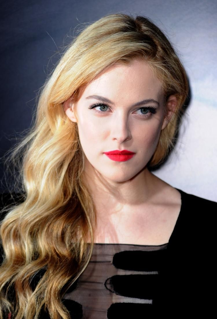 Riley Keough Elvis Granddaughter To Star In Latest Mad Max