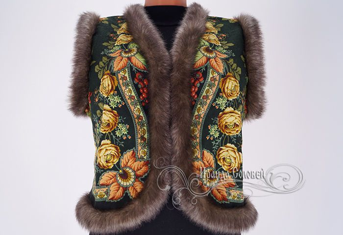 """Купить Жилет """"Русский стиль-16"""" из Павловопосадского платка - зеленый, цветочный, жилет, жилет из платка"""
