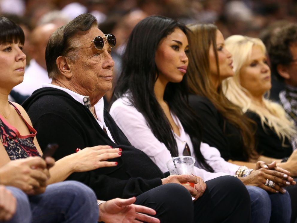 Photo Team Owner Donald Sterling Of The Los Angeles Clippers And V Stiviano Watch The San Antonio Spurs Play Donald Sterling Los Angeles Clippers Celebrities
