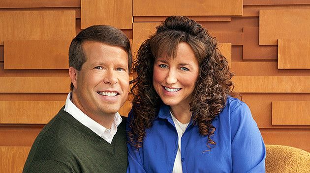 Michelle Duggar Launches Counter Petition SAVE 19 Kids & Counting From Anti Marriage Foes
