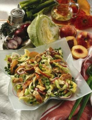 Das Rezept für Fruchtiger Eisberg-Puten-Salat und weitere kostenlose Rezepte auf LECKER.de