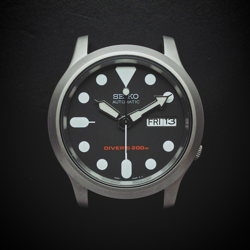 4bb7185f091 E3 Seiko Retro Mod 38mm Automatic Watch  Mini 007