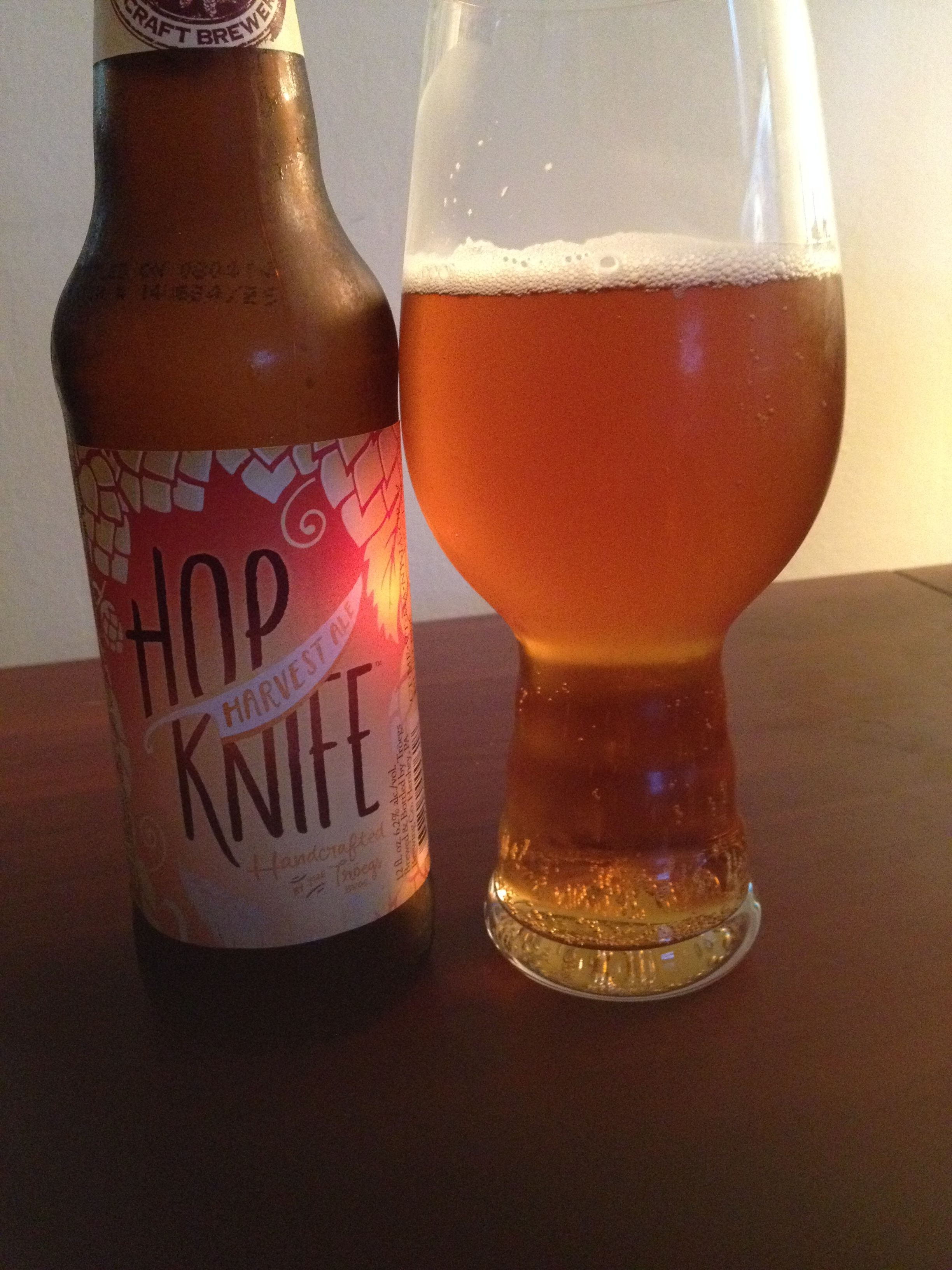 Troegs (Hershey, PA) Hop Knife Harvest Ale is an AIPA, 6.2 ABV and ...