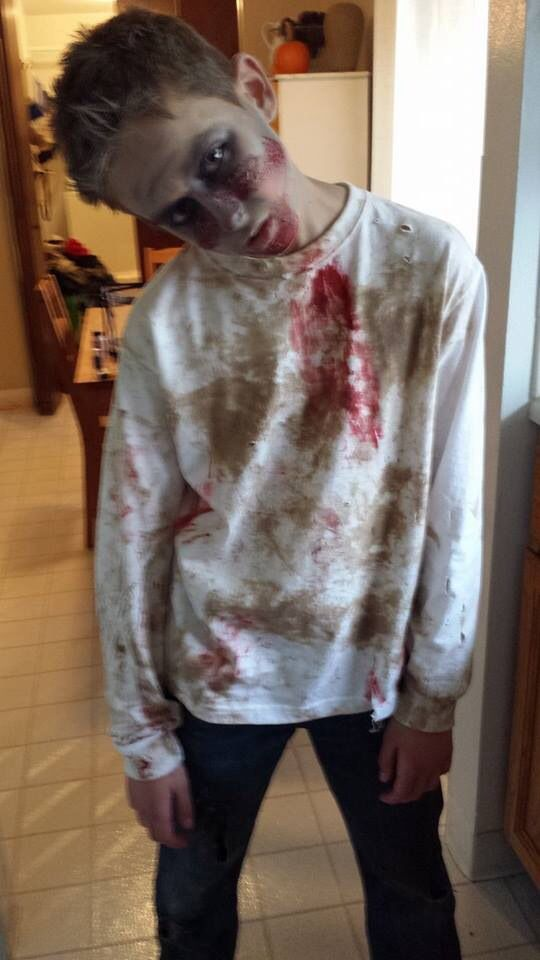 zombie look easy costume stage blood and used coffee