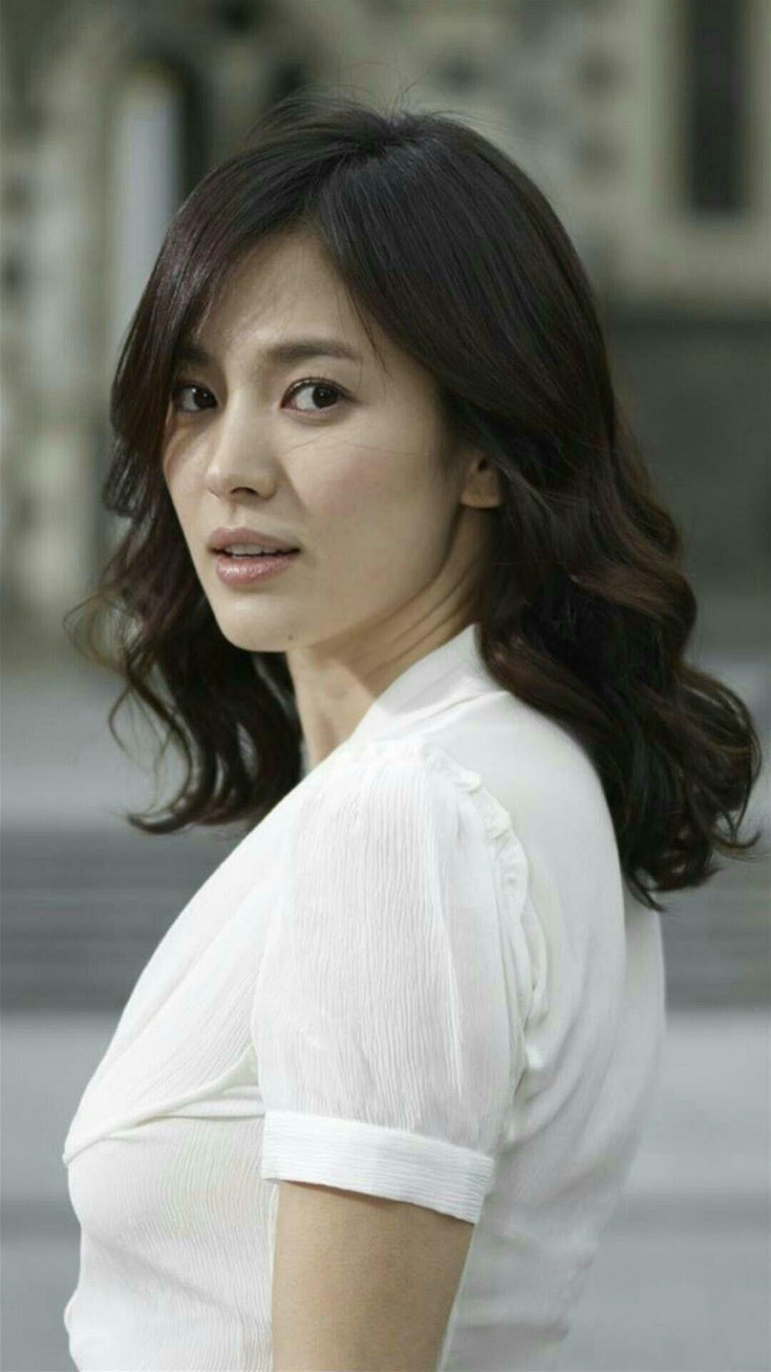 The stunning Song Hye-kyo | Song hye kyo, Korean beauty ...