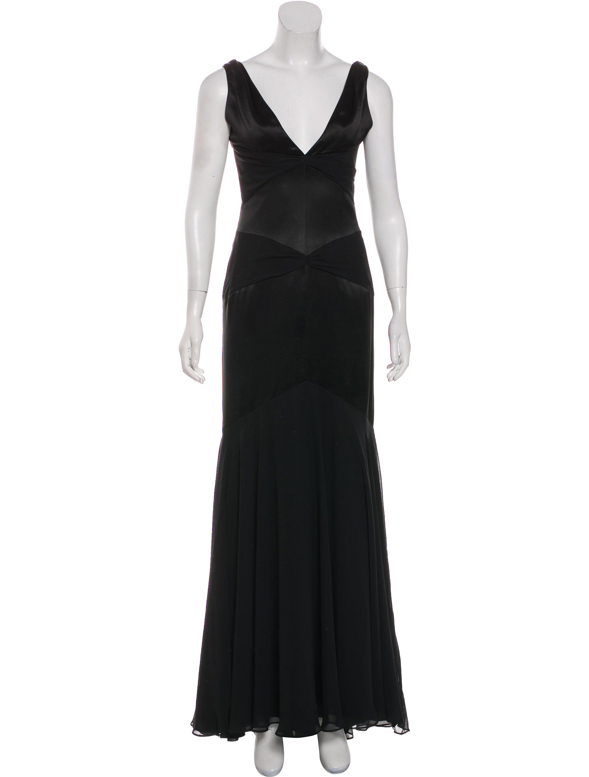 bca340d3c7a Black Vera Wang gown featuring gathered accents throughout