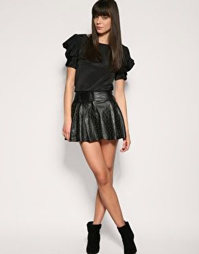 girls in short leather skirts - - Yahoo Image Search Results ...