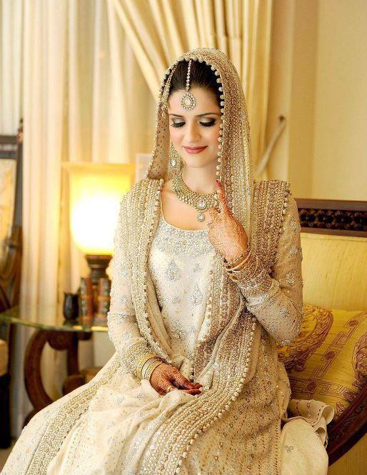 Elegant Off White Full Sleeve Bridal Dress Soobi Pakistani