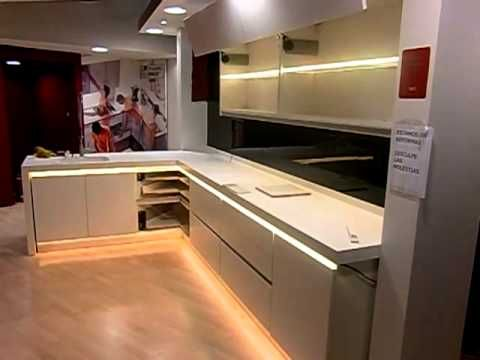 Decoracin con tecnologa LED en muebles de cocina led Pinterest
