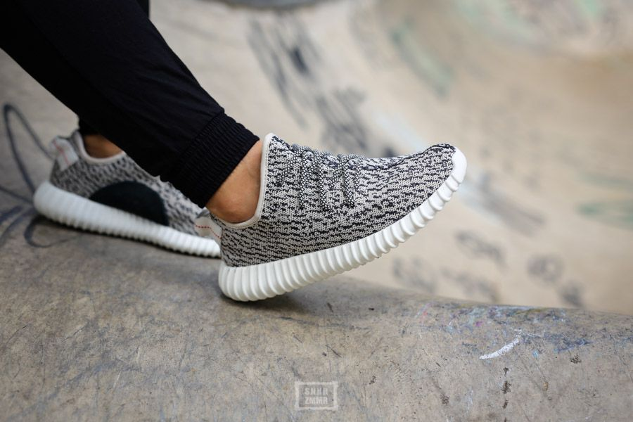 adidas sneaker grau am fuß