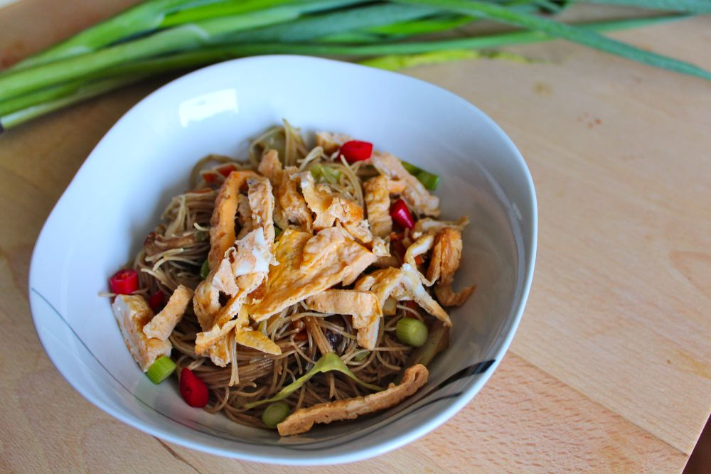 Fried bee hoon tasty singapore style fried rice vermicelli noodles fried bee hoon tasty singapore style fried rice vermicelli noodles with mushrooms vegetables and eggs quick and easy to make the perfect dish to bring ccuart Images