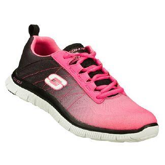 Convertir Pornografía Desesperado  Women's New Arrival Running Shoe | Sneakers fashion, Sketchers shoes women,  Best running shoes