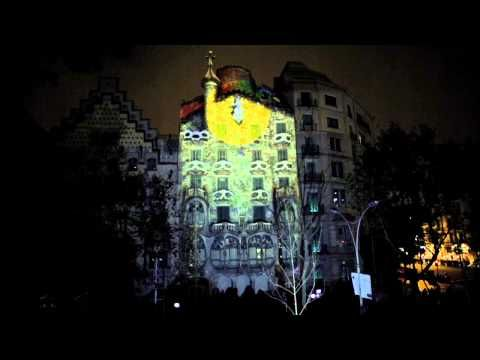 c3b8ac5651 Amazing video shot at the commemoration of 10 years of cultural visits at Casa  Batlló