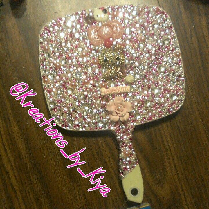 Back Of Bling Hello Kitty Hand Held Mirror To Place An Order Instagram Kreations By Kiya Kik Kreat Mirror Crafts Rose Crafts Hello Kitty Themes