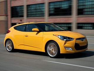 10 Coolest Cars Under 18 000 For 2013 Kelley Blue Book Hyundai Veloster 2015 Hyundai Veloster Hyundai