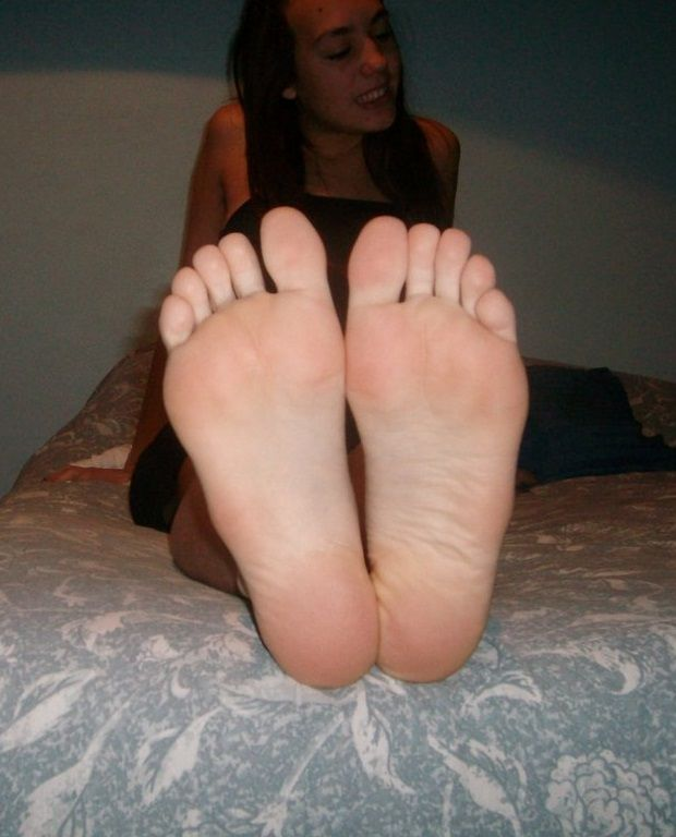 sexy-young-soles