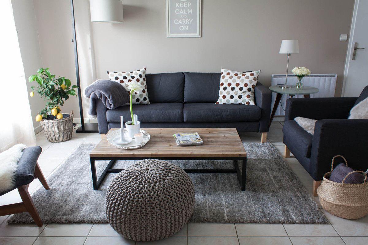 The tapis en 2019 future maison d coration salon - Idee deco salon canape noir ...