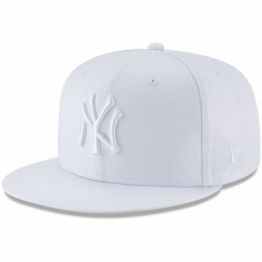 Pin By Jeffrey Rodriguez On Yankees Hats Snapback Hats Yankees Hat Snapback