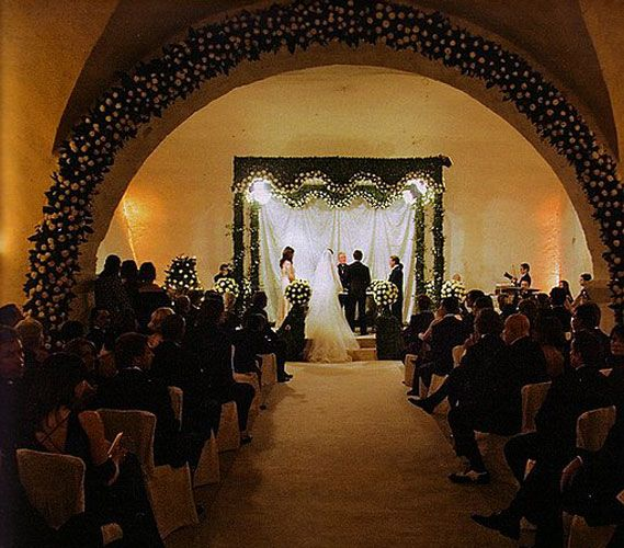 Tom Cruise Katie Holmes November 15 2006 Gown Giorgio Armani Location Italy Status Divorced One Chil Tom Cruise Wedding Photo Gallery Star Wedding
