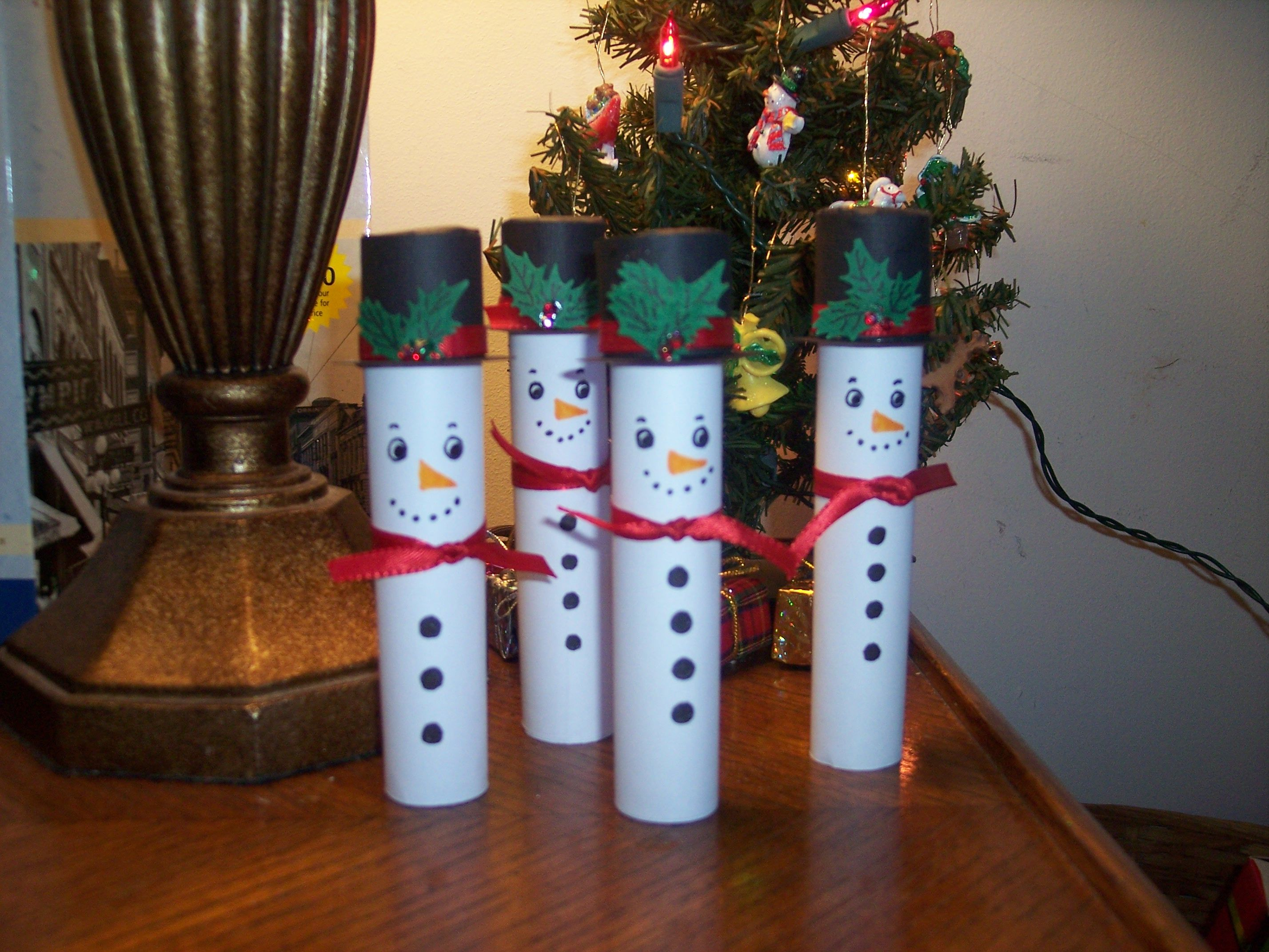 Snowman hats for crafts - I Could Not Find Little Santa Hats So I Made Snowman Hats For Mine My