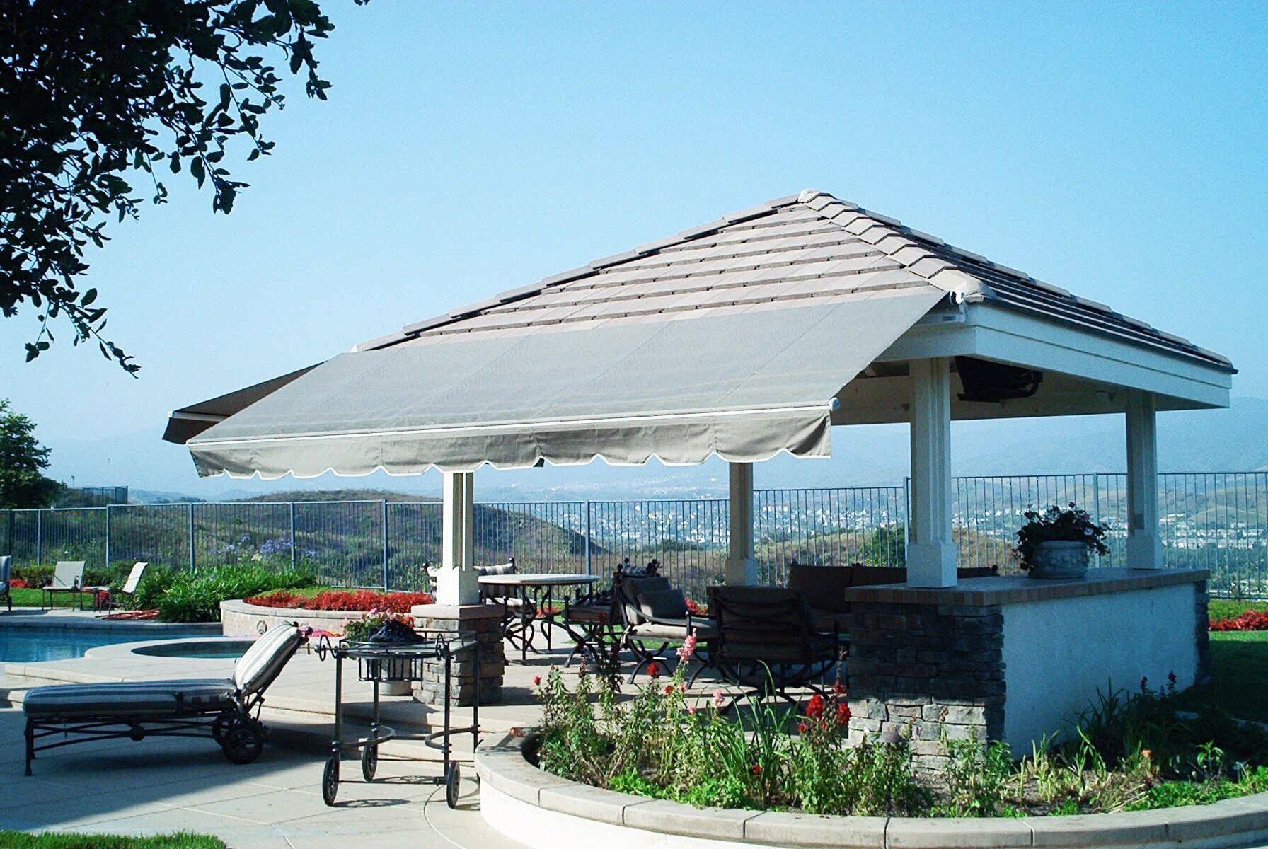 We Install Retractable Awnings In Orange County, California