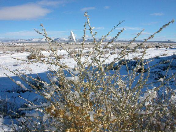 12 de Diciembre de 2007, después de la nieve en el VLA/ATF, preparandose para continuar el trabajo.